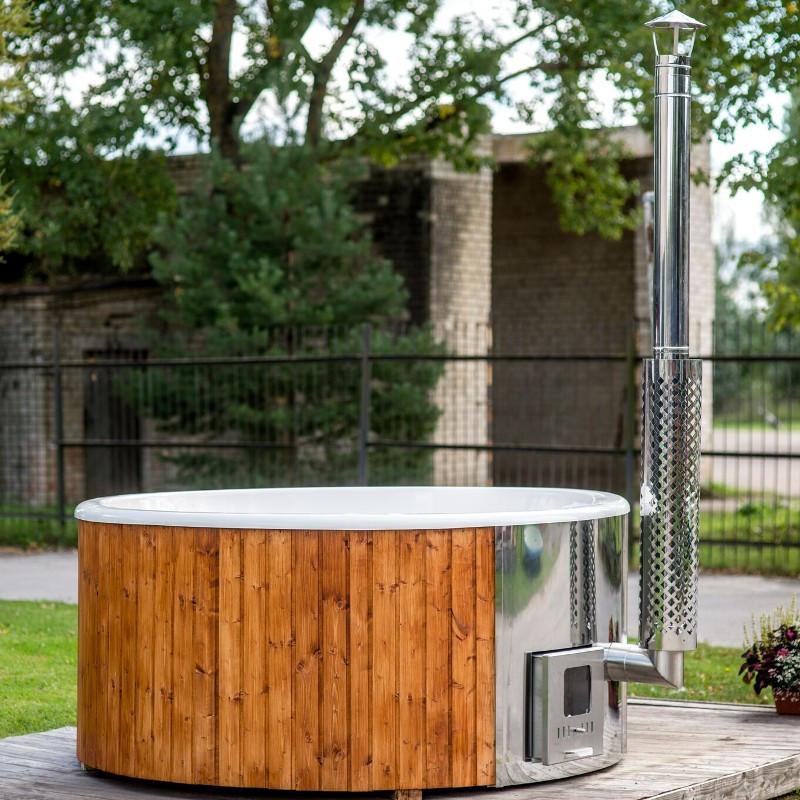 Vasca da esterno a tinozza in legno e vetroresina ottimo for Vasca vetroresina giardino