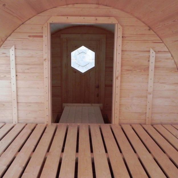 Porta d'ingresso con finestra ottagonale