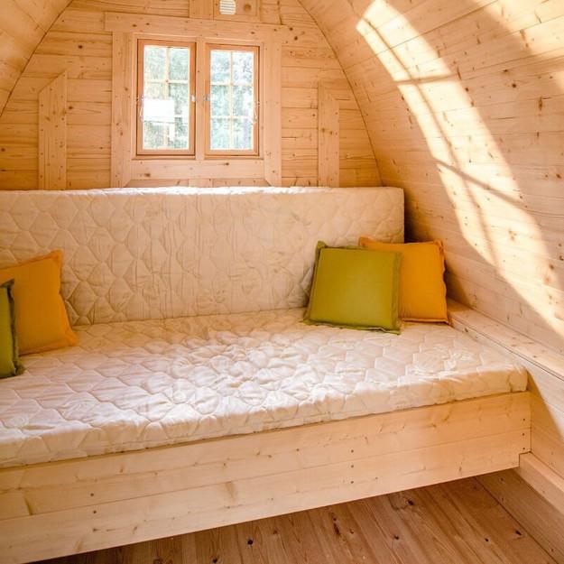 Letto trasformabile in comodo divano letto