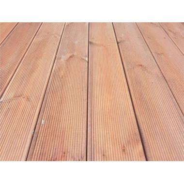 Terrazzo base pavimentazione in legno abete da esterno