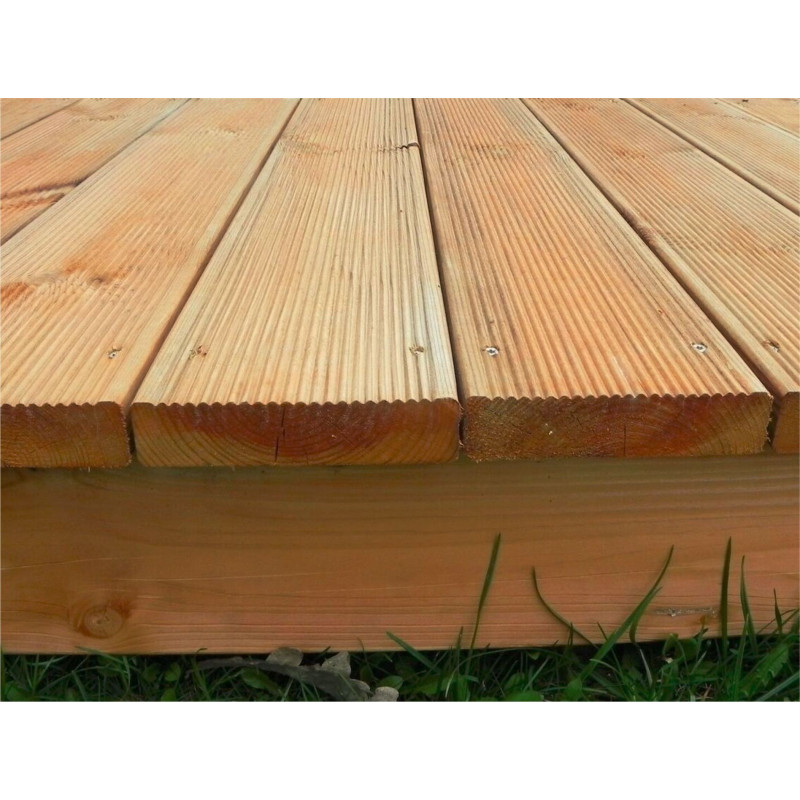Terrazzo base pavimentazione in legno abete da esterno - Pavimentazione giardino in legno ...