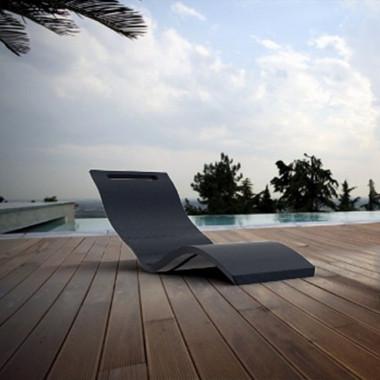 Chaise lounge lettino relax appoggio a terra