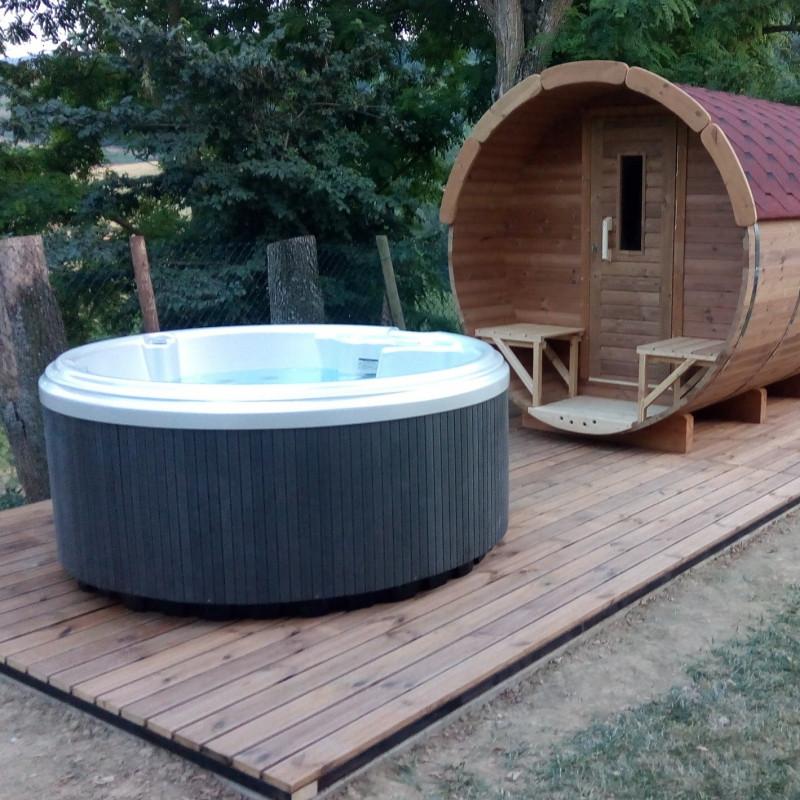 Vasca idromassaggio spa da esterno interno rotonda 5 posti for Sedute per piscine