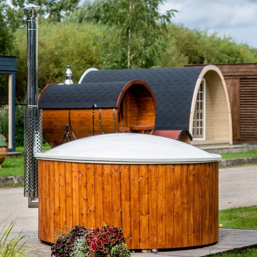 Vasca da esterno a tinozza in legno e vetroresina ottimo for Vasca per giardino