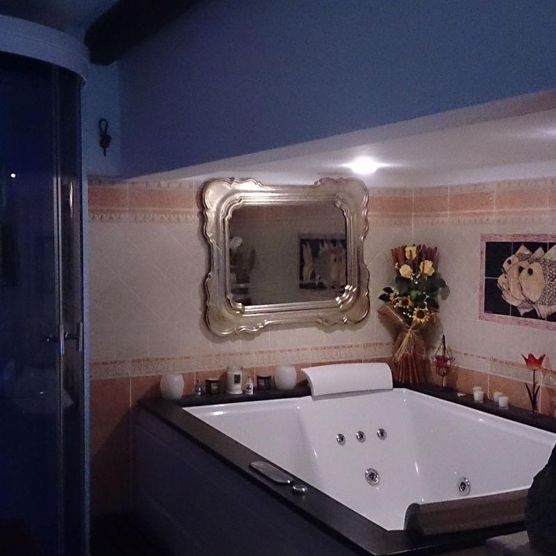 Vasca idromassaggio Eclisse - esempio installazione